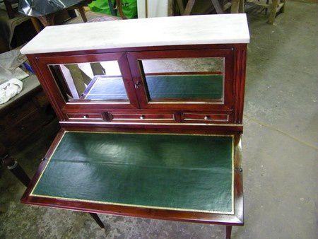 Restauration meuble massif atelier de l 39 b niste c for Meuble bonheur du jour ancien