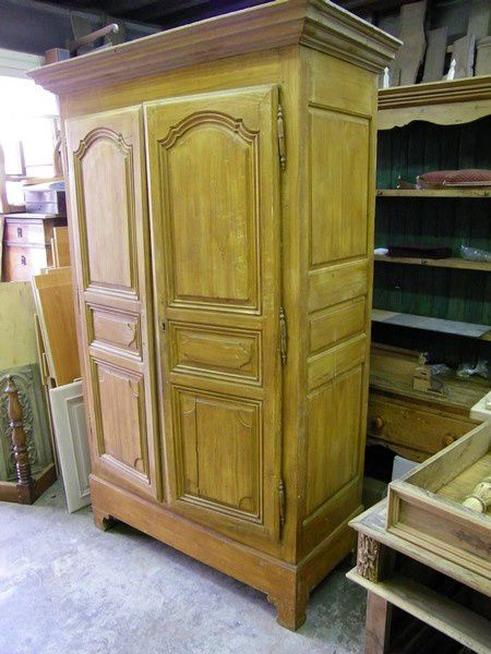 armoire ancienne repeinte en gris et patin e atelier de l 39 b niste c cognard eure. Black Bedroom Furniture Sets. Home Design Ideas