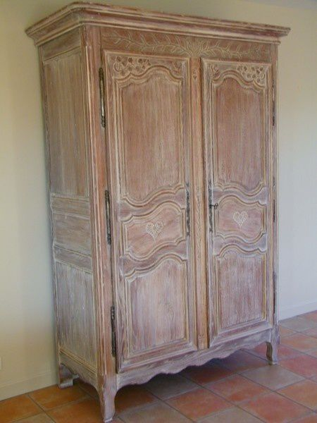 armoire ancienne revisit e avec une c ruse atelier de l 39 b niste c cognard eure restaurateur. Black Bedroom Furniture Sets. Home Design Ideas