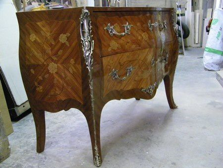 commode Louis XV placage bois de rose