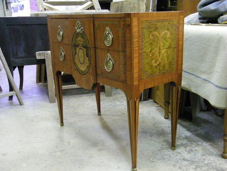 restauration commode louis XVI marquetee