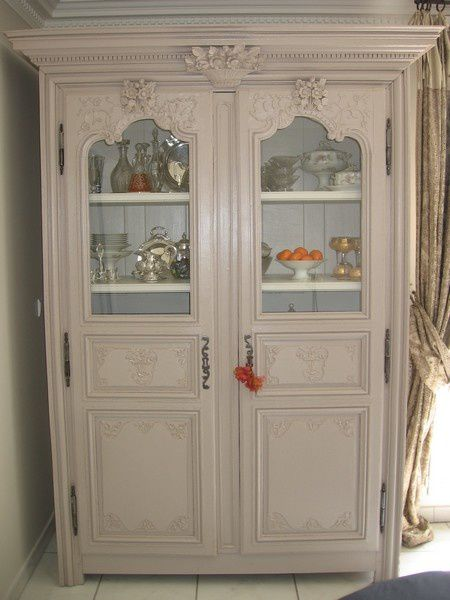 remettre la mode une armoire ancienne est ce possible atelier de l 39 b niste c cognard eure. Black Bedroom Furniture Sets. Home Design Ideas