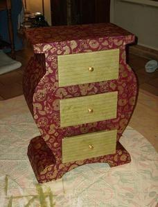 Connaissez vous les meubles en carton atelier de l for Finition meuble en carton