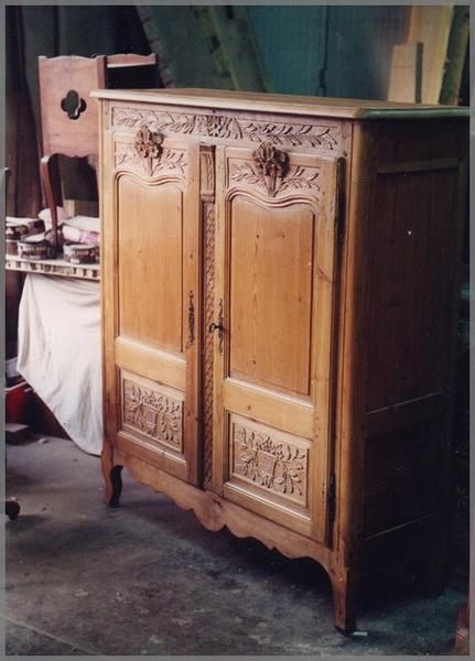 On redonne vie un meuble devenu un bahut with buffet normand ancien - Transformation de meubles anciens ...