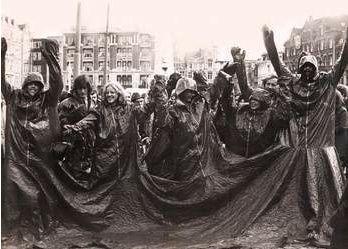 Nicola L 1970 The Red Coat:Same Skin for Everybody Amsterda