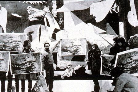 Art worker's coalition 1970 demonstration in front of Picas