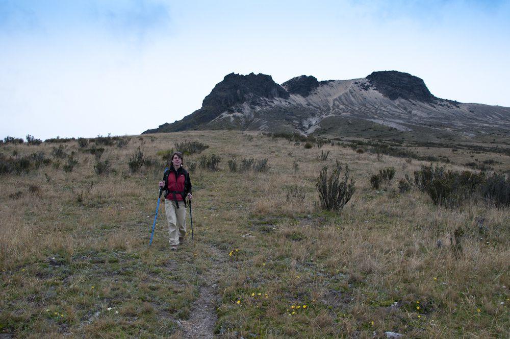 Ascension du Guagua Pichincha - volcan actif qui domine Quito à 4797 m d'altitude...