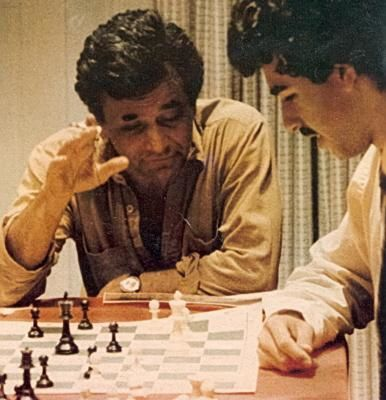 falk-columbo-chess.jpg