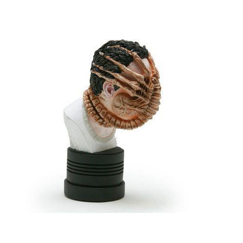 alien-face-huggermicro-bust-2004.jpg