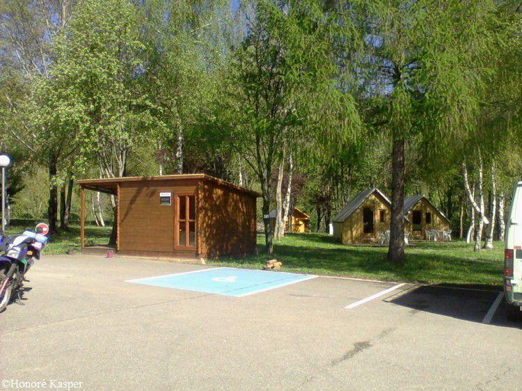 Camping de Belcaire les chalets du lac 06