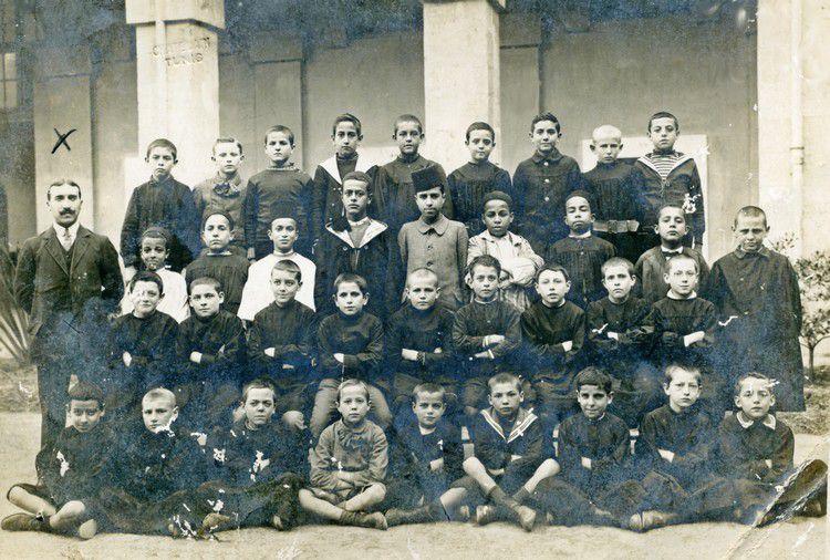 photos Pélofi Augustin avec ses élèves a Carcassonne034