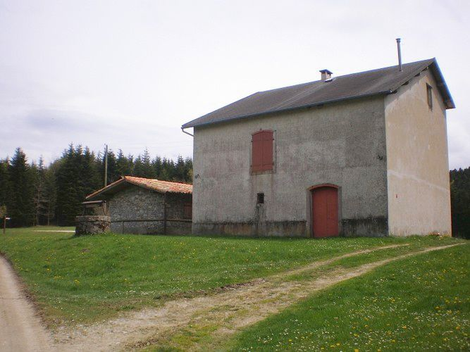 ancienne-maison-foresti-re---Callong-02.