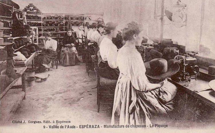 Esperaza fabrique de chapeau le piquage en 1900