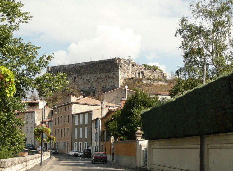 Quillan chateau 03