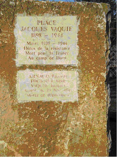 plaque-de-jacques-vaqui-.jpg