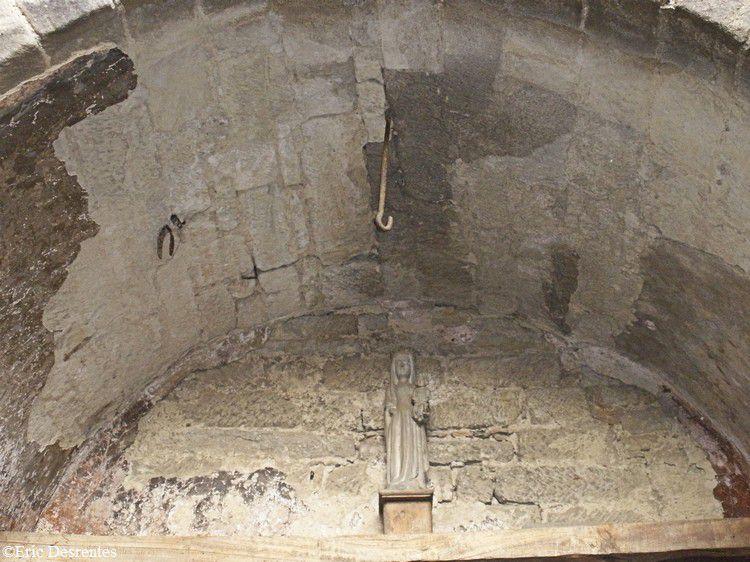 Saint Papoul 017 vierge à l'enfant tour des gardes