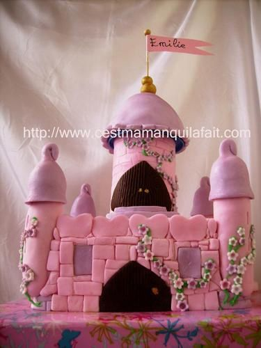 gateau chateau de princesse feerique pate a sucre tutoriel. Black Bedroom Furniture Sets. Home Design Ideas