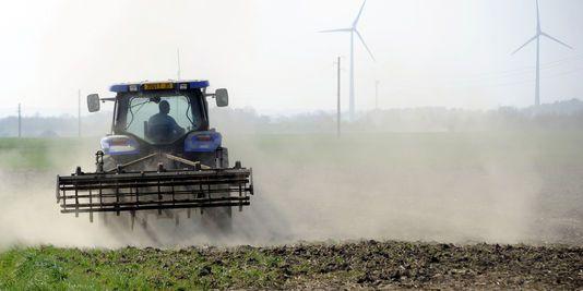 1698693_3_9493_les-agriculteurs-sont-confrontes-a-l-envolee.jpg