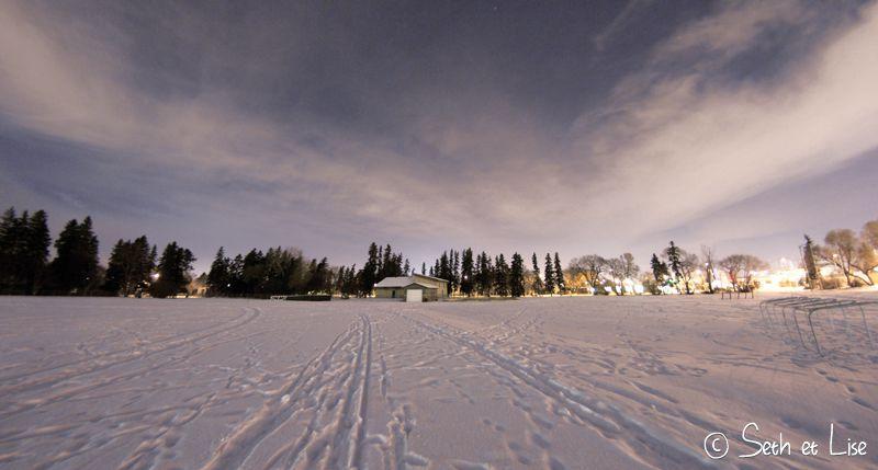 blog voyage canada pvt aurora aurore boreale edmonton hiver police helicoptere