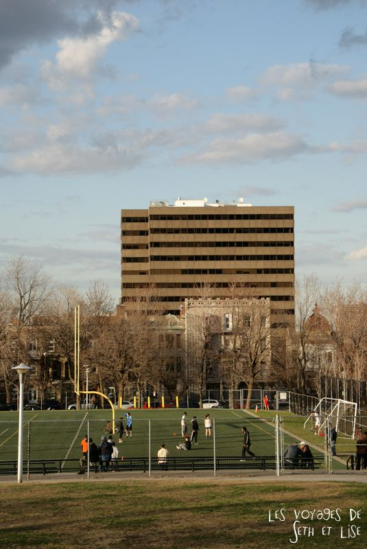 blog voyage canada pvt montreal stade joueur football
