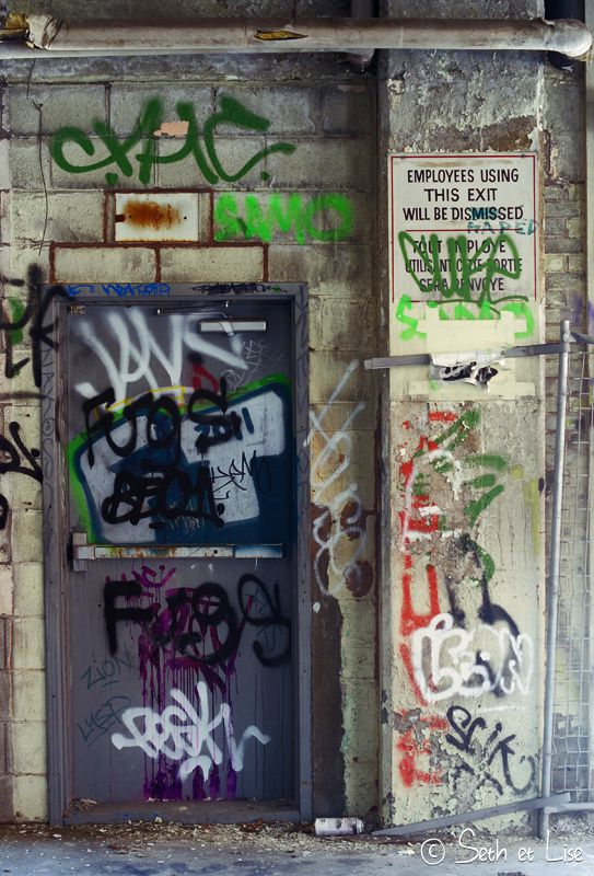 blog pvt canada montreal urbex streetart graffiti canada urban employees porte door insolite