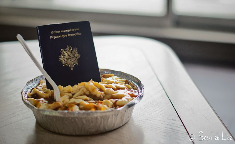 blog voyage canada pvt seth lise poutine food passeport photo