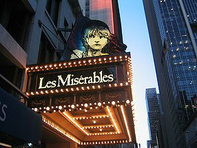 286px-New_York_Imperial_Theatre_Les_Miserables_2003.jpg