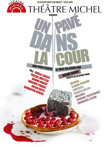 AfficheUnPaveÌ danslaCourParis-