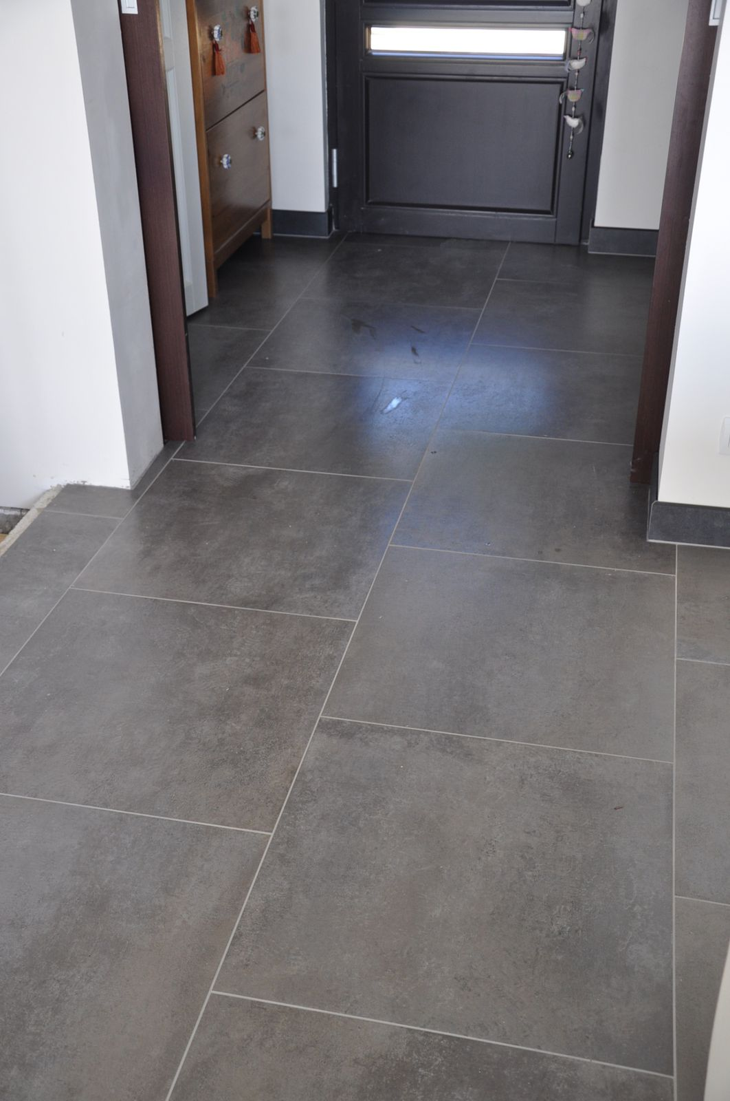 Carrelage de sol le blog de soso construction maison bois for Carrelage 60x60 gris clair