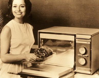 microwave-oven-old-school1.jpg