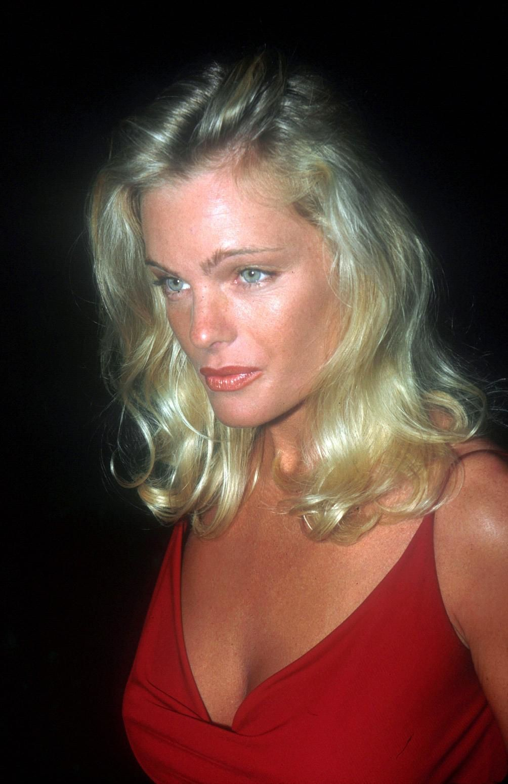 erika eleniak youtube