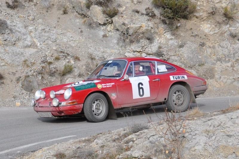13ème Rallye Monte Carlo Historique 2010. Porsche 911 L de 1968. Classement 29ème. Pilote suédois qui fut le 1er champion du monde des rallyes en 1979.