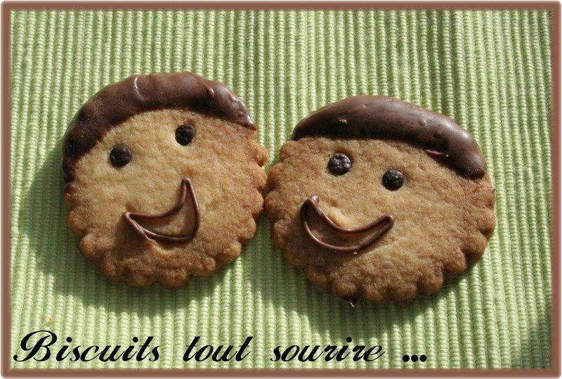 Biscuits_tout_sourire_010