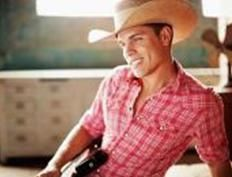 Dustin-Lynch1.jpg