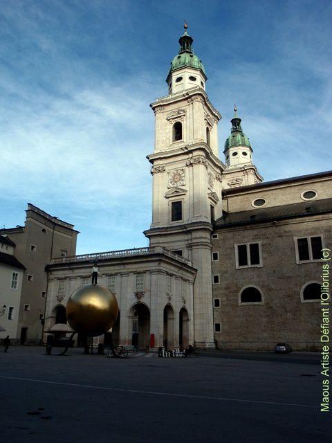 place-Kapitelplatz--a-Salzbourg.JPG