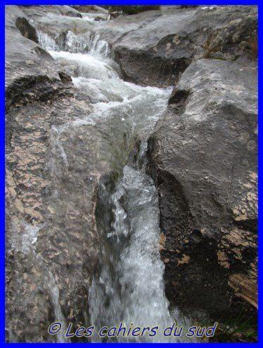 garlaban-eau-des-collines 9634 [640x480]