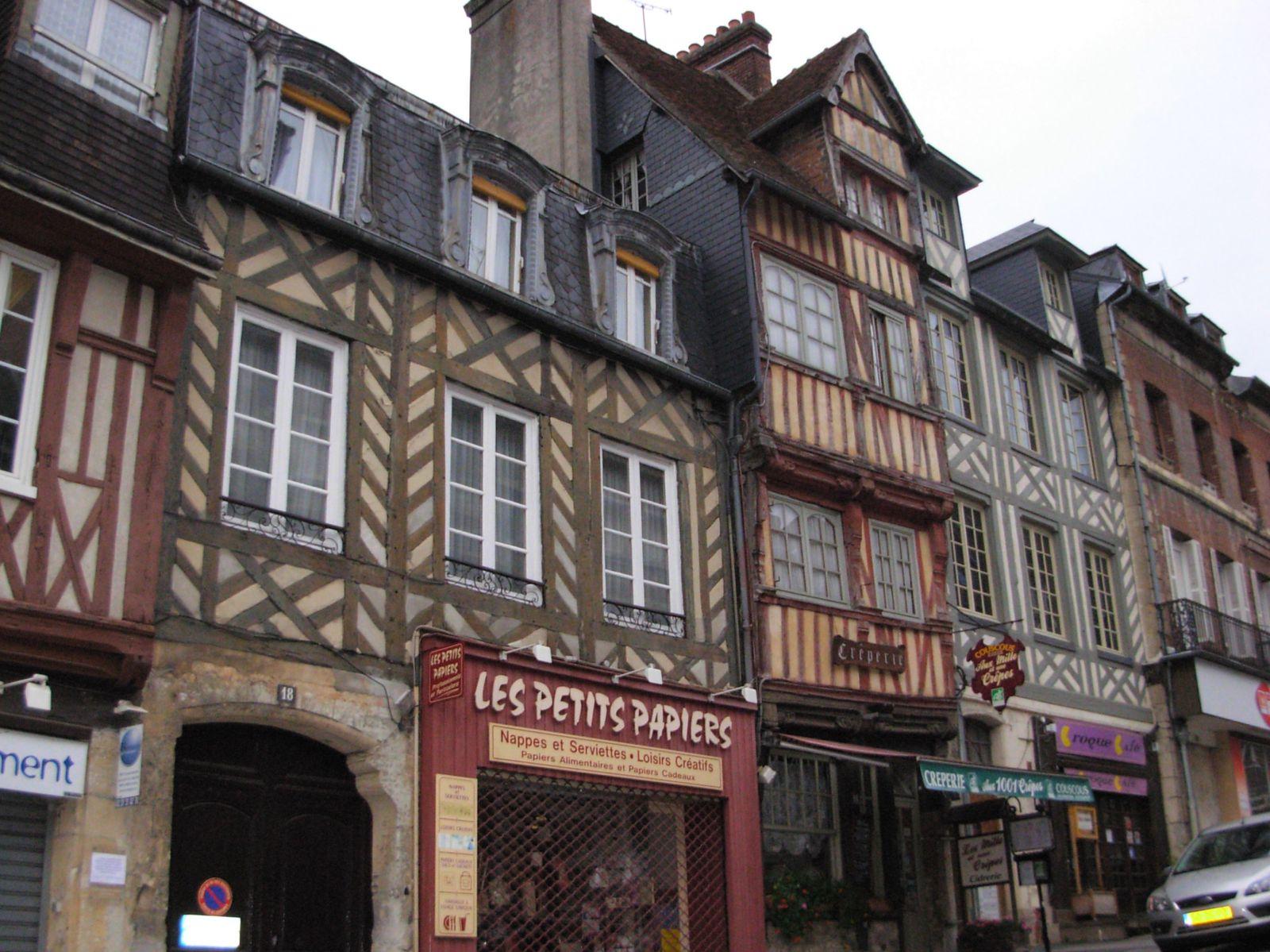 Revoir sa normandie bocage en pays d 39 auge le blog for Piscine lisieux