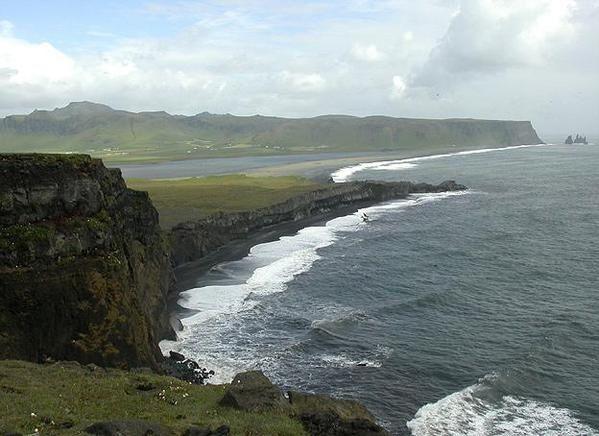 Islande_falaises1.jpg