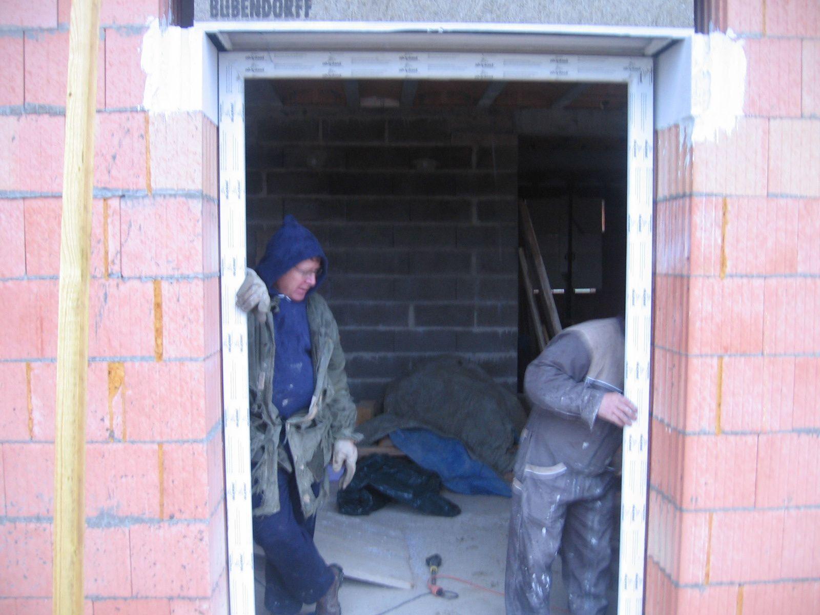 Pose des fen tres autoconstruction maison basse energie 55 - Pose brique de verre fenetre ...
