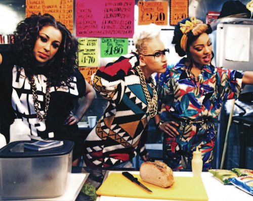 Stooshe-500x398.png
