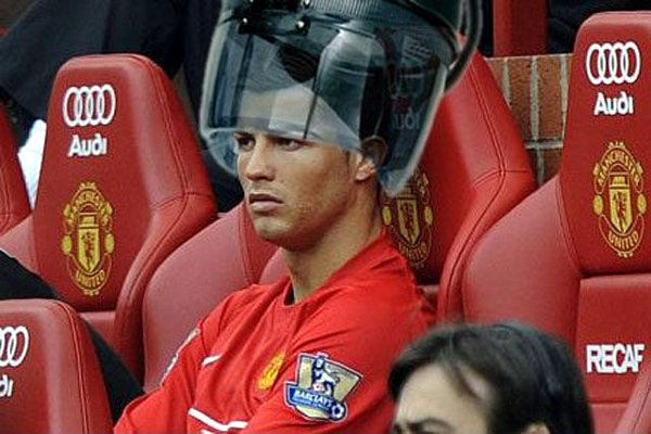 christiano-ronaldo-under-salon-hair-steamer-dryer.jpg