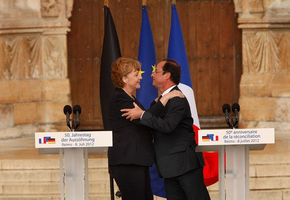Hollande-et-Merkel-a-Reims.jpg