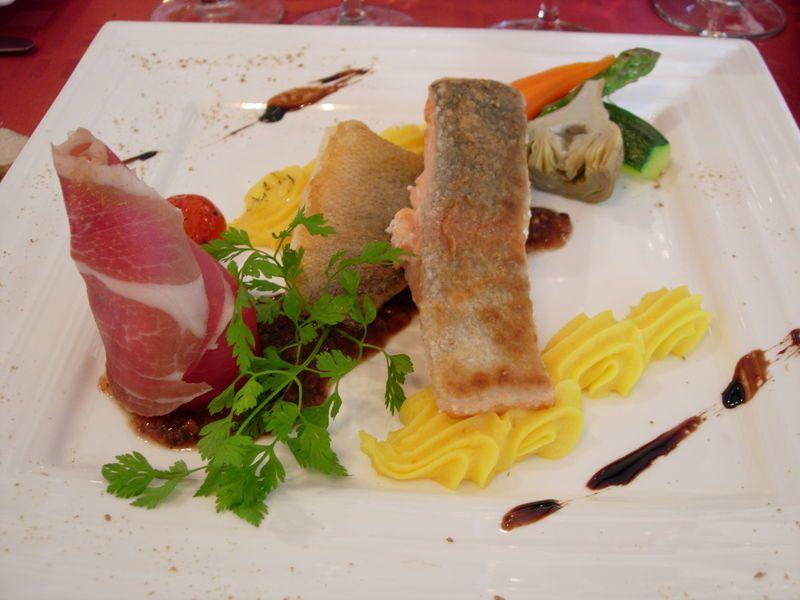 resto_la_Moselle_duo_sandre_saumon_pur_e_maison_et_ses_p_tits_l_gumes