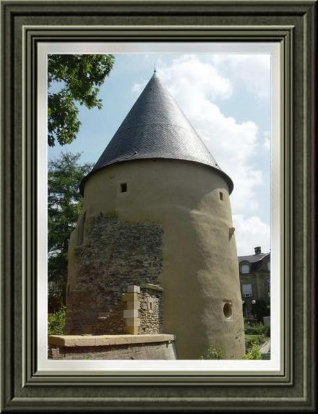 La Tour Camoufle