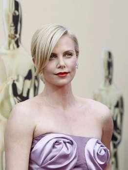 charlize-theron-15347462-mfbh-templateId-renderScaled-prope.jpg