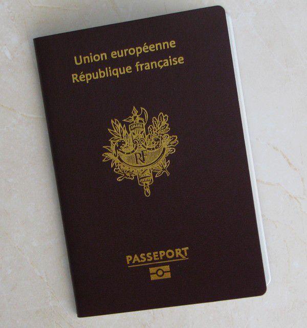 passeport s 39 il vous pla t qu bec way round 2010. Black Bedroom Furniture Sets. Home Design Ideas