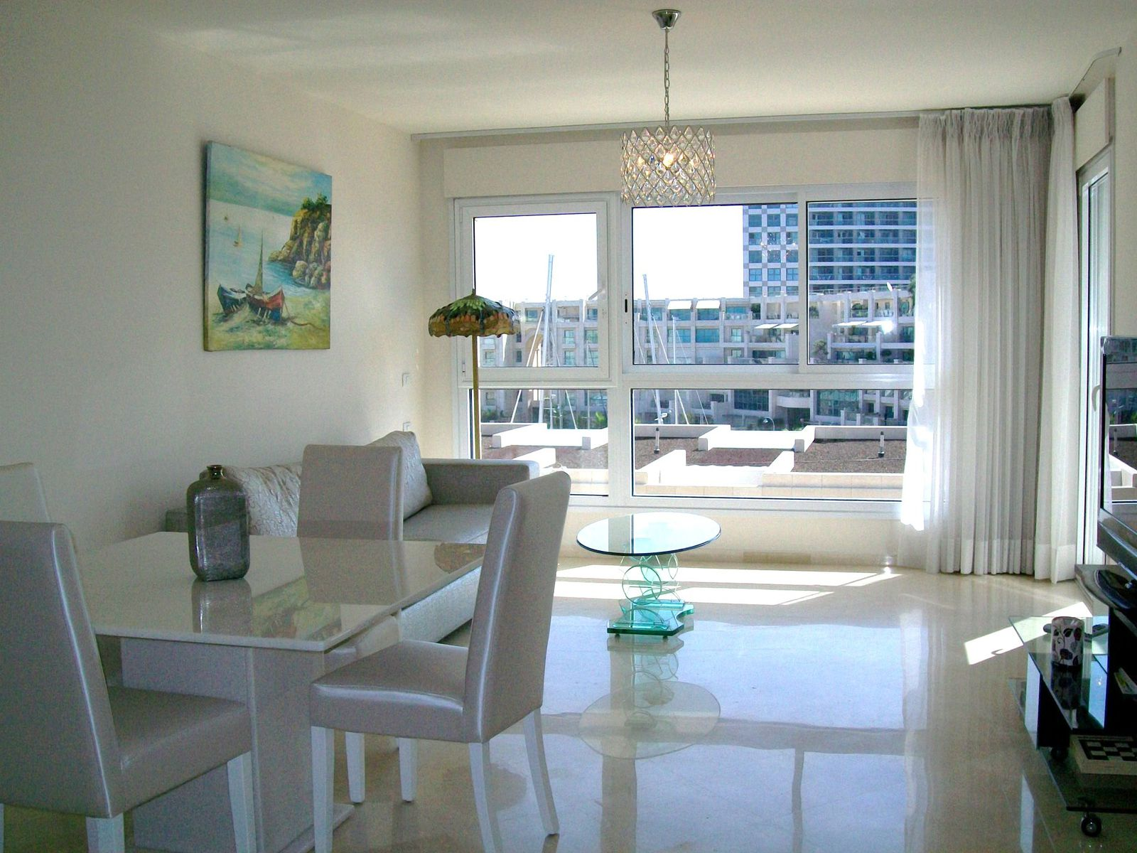 apt 4 2 rooms apartment in the island residence herzliya holiday apartments rentals. Black Bedroom Furniture Sets. Home Design Ideas