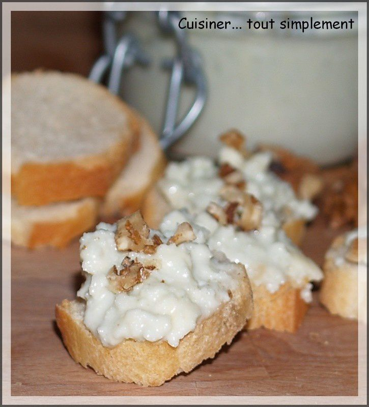 toasts_roquefort