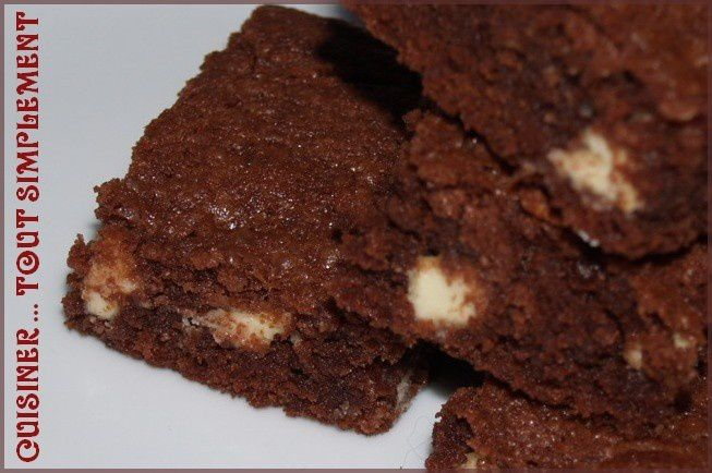 Brownies au chocolat noir chocolat blanc et piment d for Prima cuisine gourmande