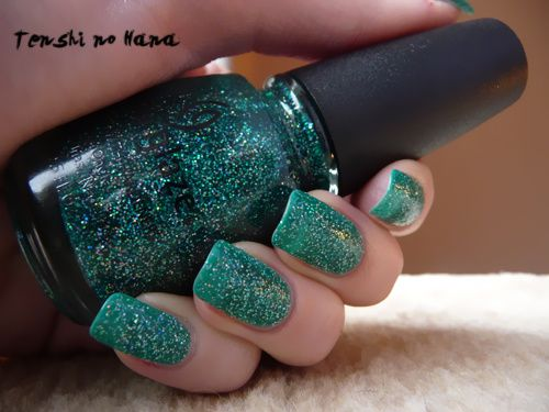 China Glaze Atlantis 4